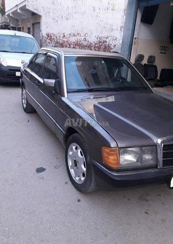 Voiture Mercedes benz R190 1984 à tétouan  Diesel  - 8 chevaux