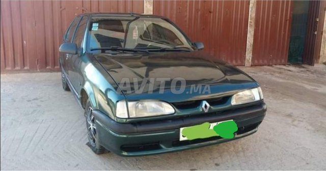 Voiture Renault R19 1995 à bejaad  Diesel  - 7 chevaux