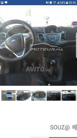 Voiture Ford Fiesta 2017 à chefchaouen  Diesel  - 6 chevaux