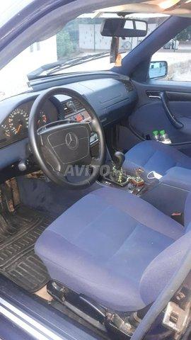 Voiture Mercedes benz 220 1997 à rabat  Diesel  - 10 chevaux