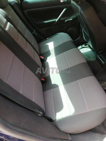 Voiture Volkswagen Passat 2000 à azilal  Diesel  - 8 chevaux