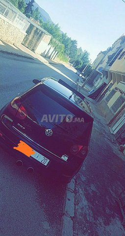 Voiture Volkswagen Golf 5 2009 à fès  Diesel  - 8 chevaux