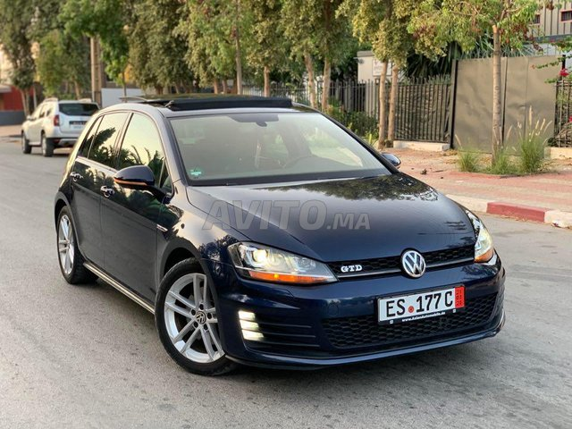 Voiture Volkswagen Golf 7 2016 à settat  Diesel  - 8 chevaux