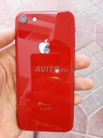 iPhone 8 PRODUCT RED 256g - 1