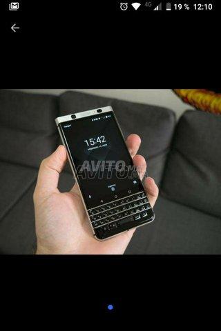 BlackBerry key1 - 1