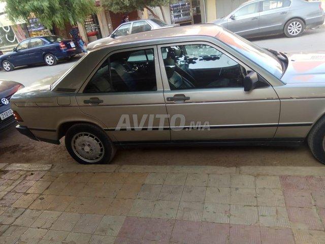 Voiture Mercedes benz R190 1986 à taza  Diesel  - 8 chevaux