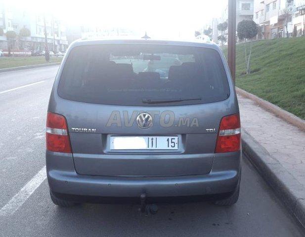 Voiture Volkswagen Touran 2005 à khénifra  Diesel  - 8 chevaux