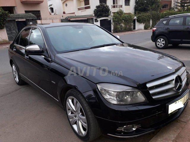 Voiture Mercedes benz 220 2008 à rabat  Diesel  - 9 chevaux