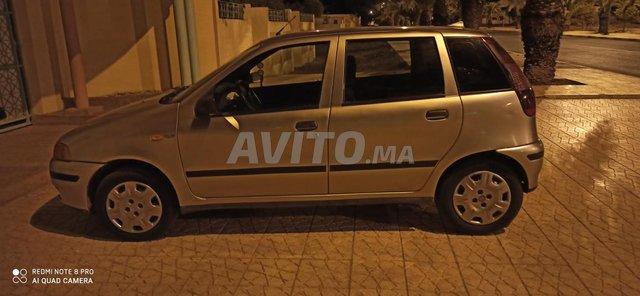 Voiture Fiat Punto 1998 à khouribga  Diesel  - 7 chevaux