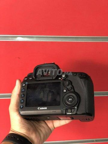 Canon EOS 5D Mark IV  - 3