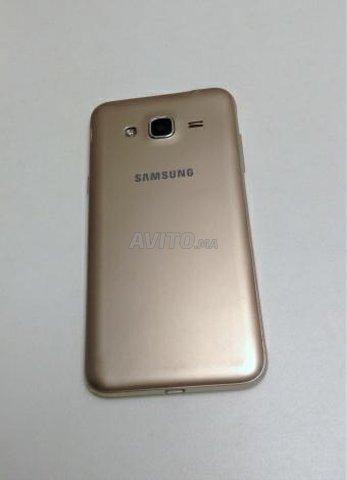 Samsung Galaxy J3 6 8G 4G  - 2